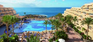 riu hotels piscina