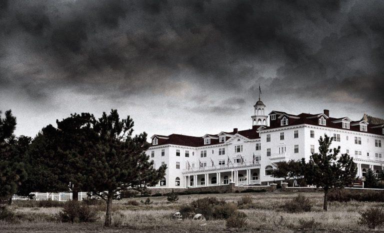 exterior del Stanley Hotel, el Hotel Maldito del Resplandor