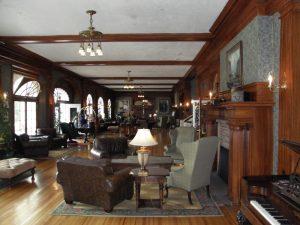 interior del Stanley Hotel, el Hotel Maldito del Resplandor