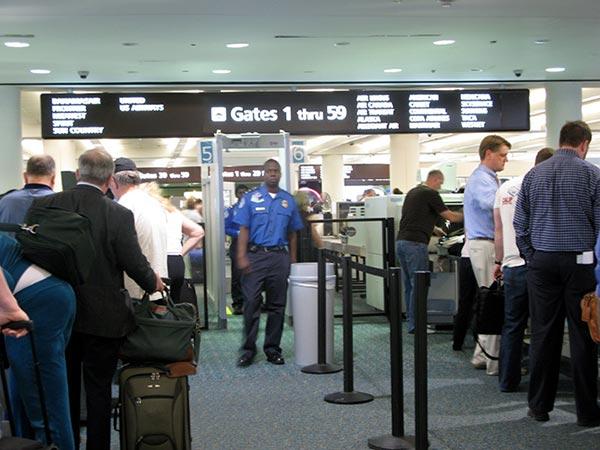 check-in-seguridad-aeropuerto