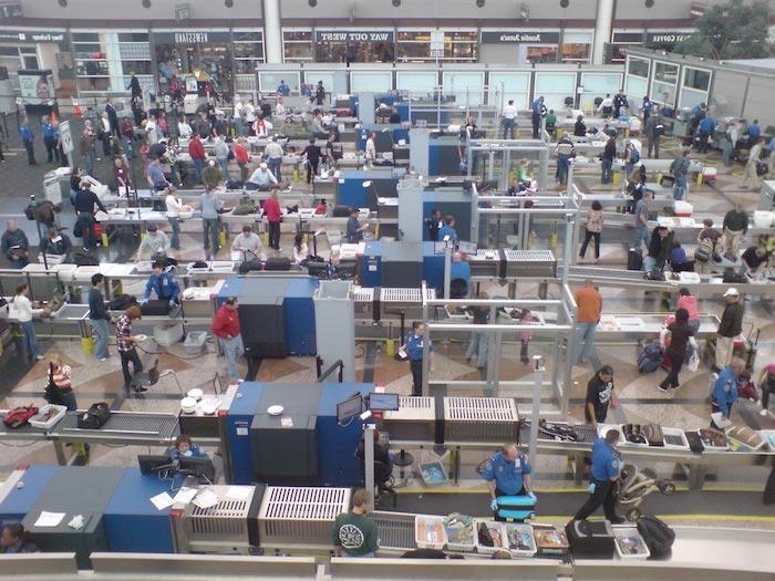 control-de-seguridad-aeropuerto