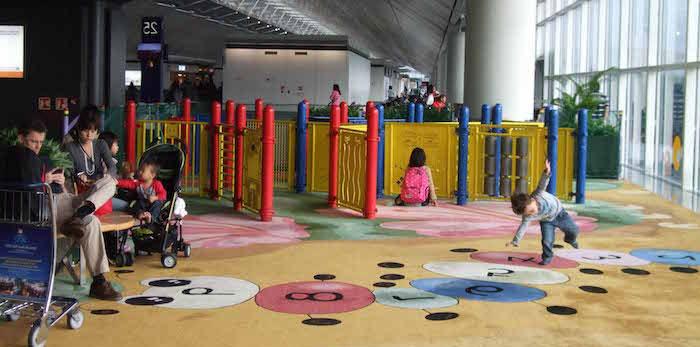 area-infantil-aeropuerto